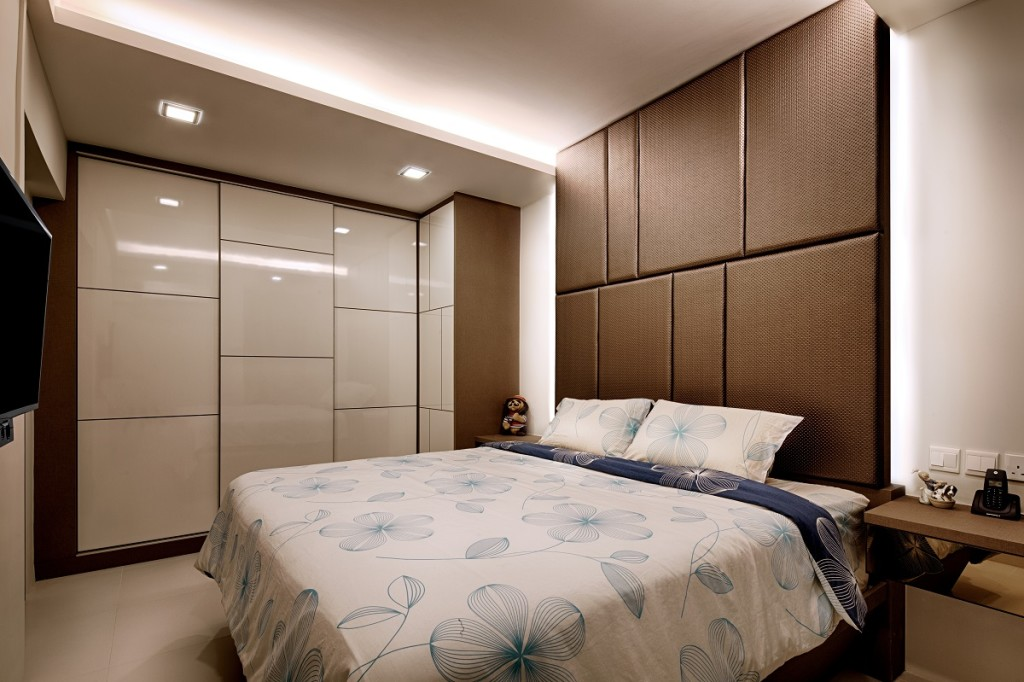 De style interior 3 room hdb at 550 ang mo kio for Interior design bedroom singapore hdb